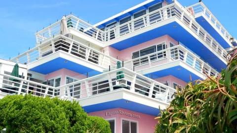 beachfront hotels in laguna beach view all listings. Black Bedroom Furniture Sets. Home Design Ideas
